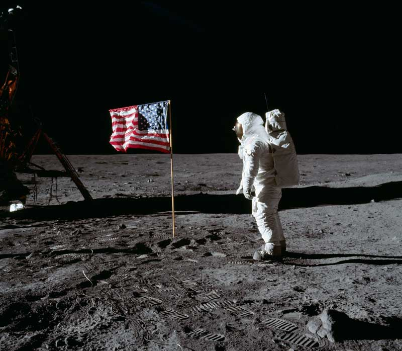 Buzz-Aldrin-and-US-flag
